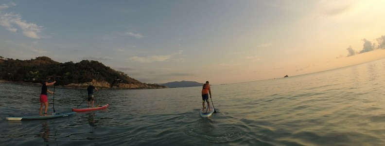 Paddling out from Choeng Mon